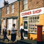 By Andrea_44 - Flickr: Corner shop, CC BY 2.0, https://commons.wikimedia.org/w/index.php?curid=16381977