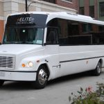 By Elite Chicago Limo - Template:Http://www.elitechicagolimo.com/index preview/chicago limo bus service.jpg, CC BY-SA 3.0, https://commons.wikimedia.org/w/index.php?curid=23966515