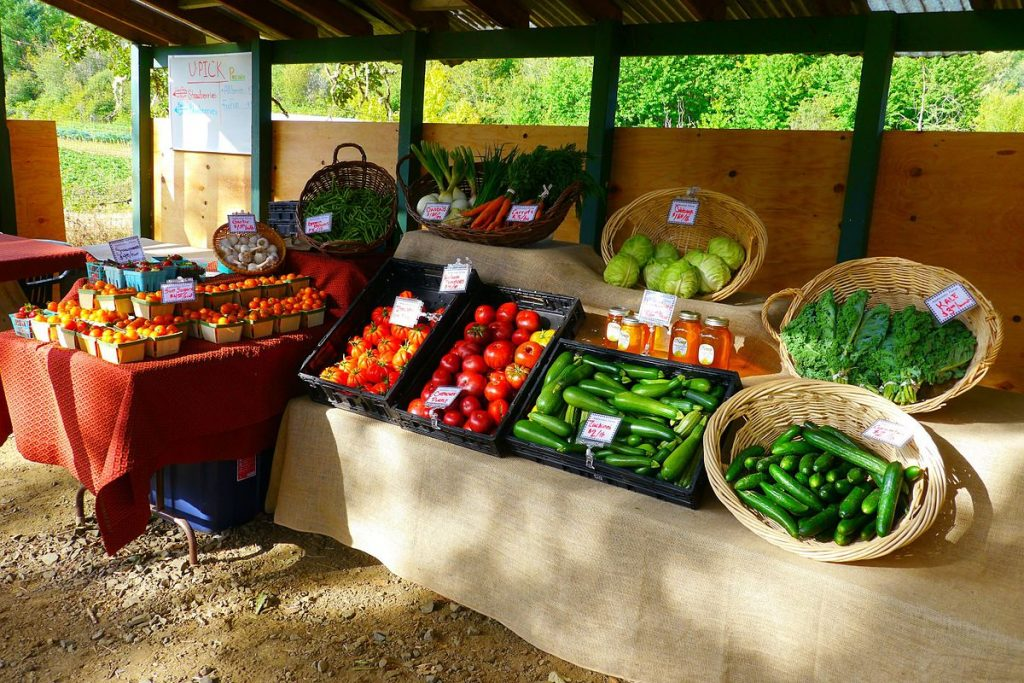 By Rick Obst from Eugene, United States - Ambrosia Farm Produce Stand, CC BY 2.0, https://commons.wikimedia.org/w/index.php?curid=50232775